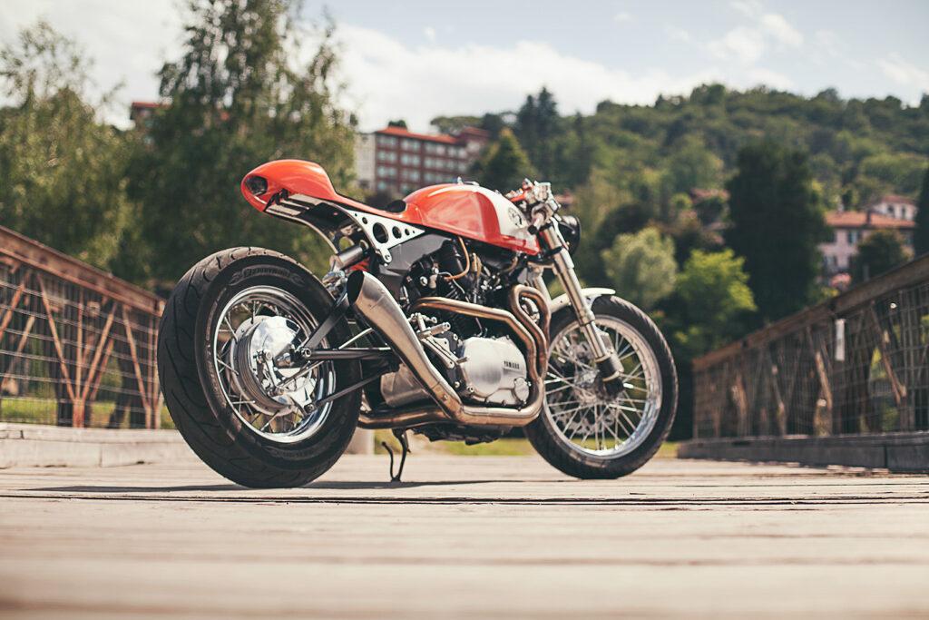 Die XV 750 Orange Projekt ist ein agiler und wendiger Cafe Racer geworden