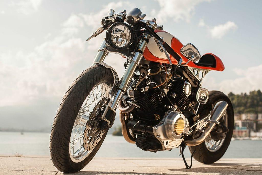 Yamaha XV 750 The Orange Projekt von Plan B Motorcycles aus Italien