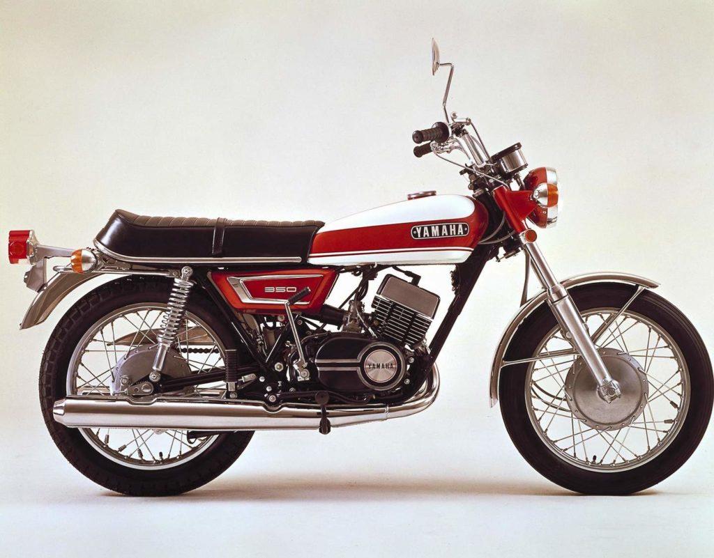 Yamaha R5