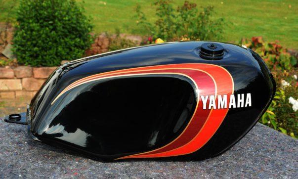 Yamaha RD Farben und Dekore