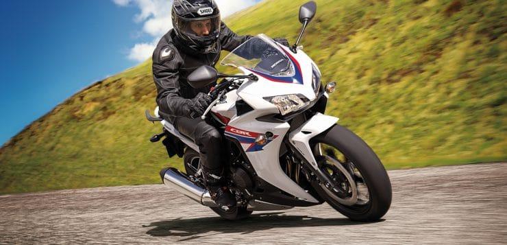 Stabilitätsprobleme sind der Honda CBR500R weitesgehend fremd