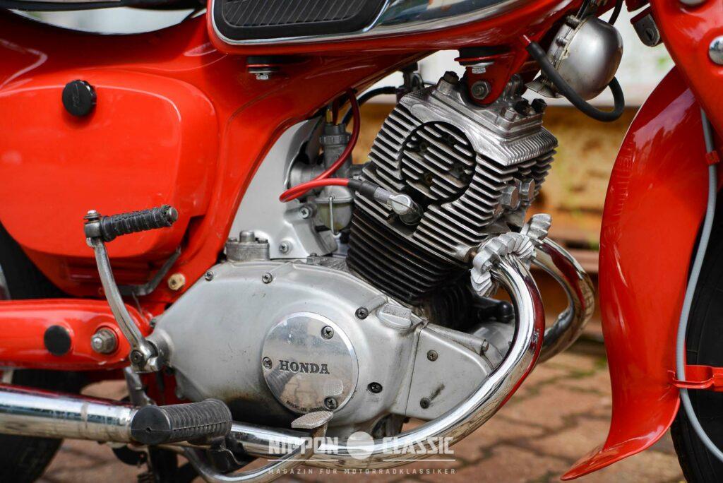 Der C 92 Motor war mit 11,5 PS dem der CB 92 unterlegen