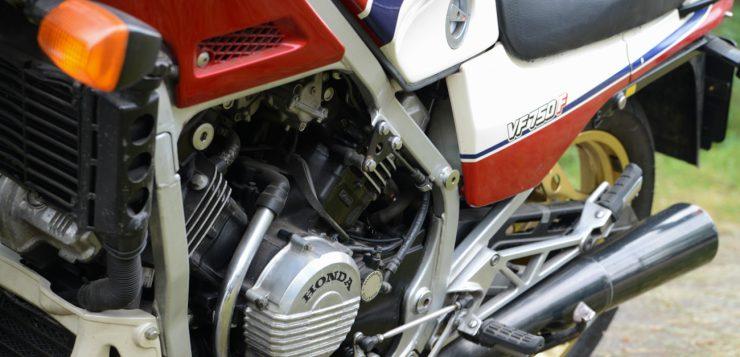 VF 750 F
