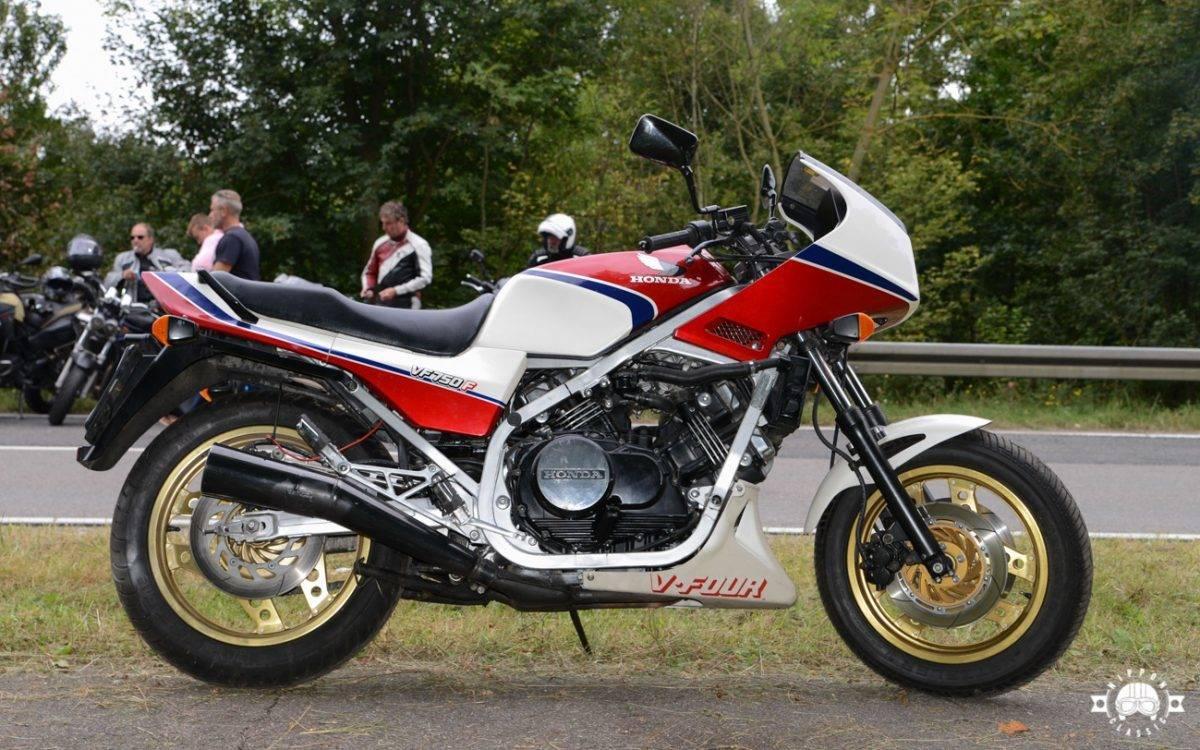 Honda VF 750 F Art. 1572
