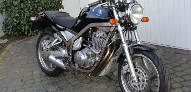 Yamaha SRX 3