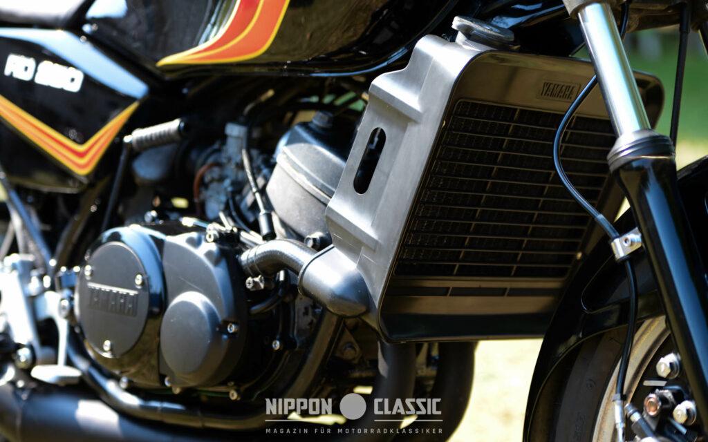 Der Alukühler an der Yamaha RD 250 LC war großdimensioniert
