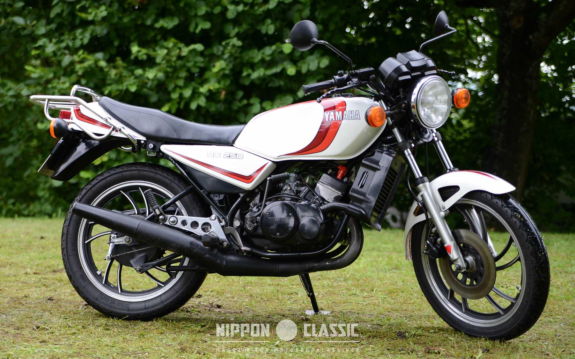 Die Yamaha RD 250 LC erschien zeitgleich mit der RD 350