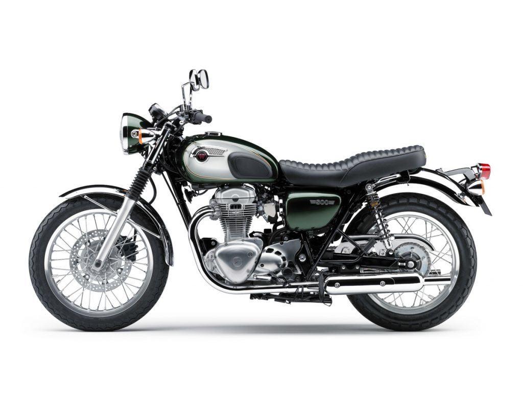 Wiedereinstieg 2011 mit der W800 in Metallic Dark Green