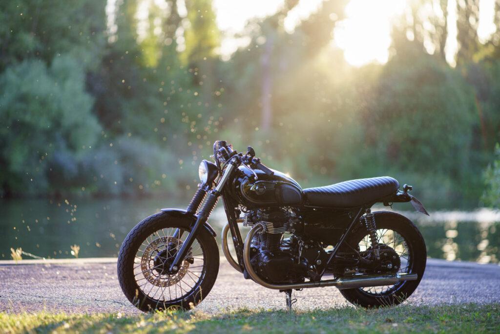 Die Kawasaki W800 'Black Edition' von Schlachtwerk