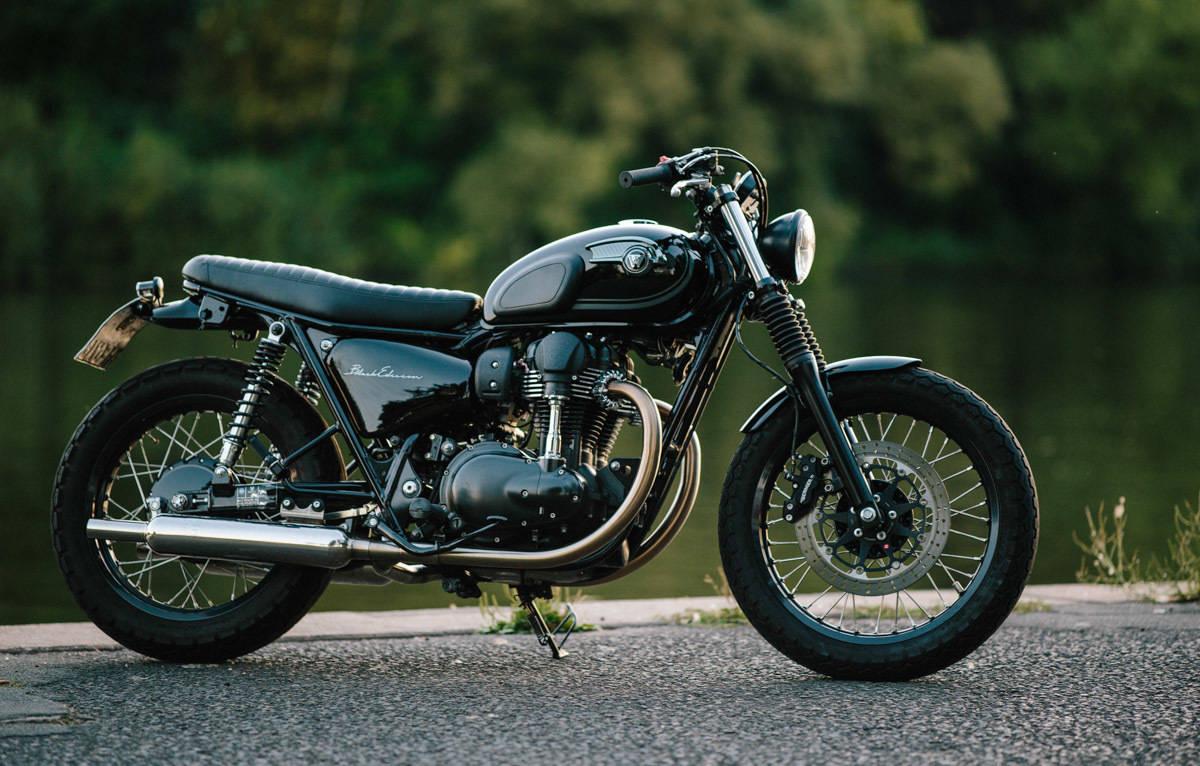Klassischer Umbau Kawasaki W800 Black Edition Von Schlachtwerk