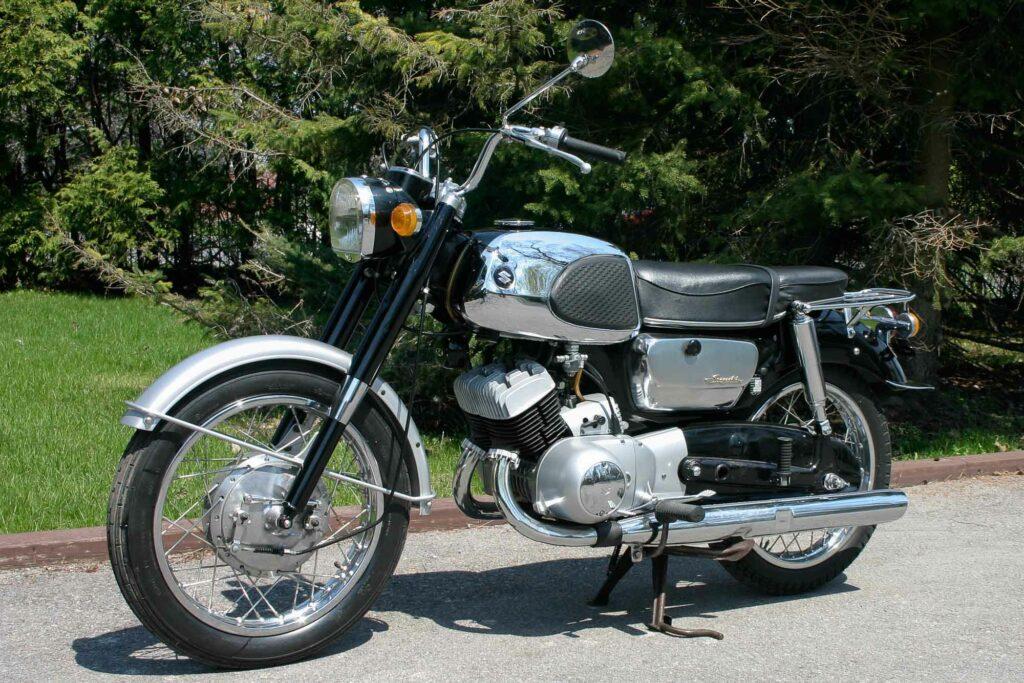 Das Design der T10 wirkt auch nach über 40 Jahre gefällig