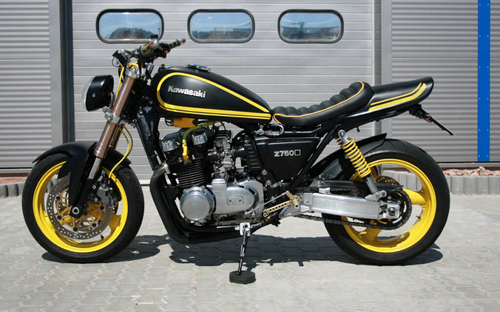 Die Schwinge stammt von einer Yamaha XJ 1200