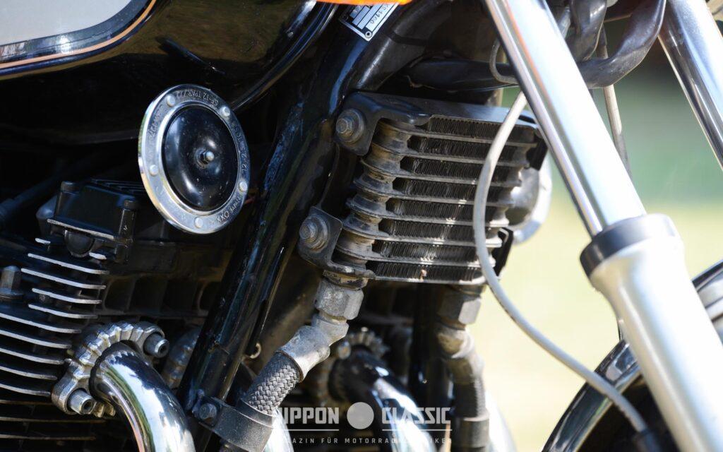 Die XS 1100 verfügte über einen separat angebrachten Ölkühler