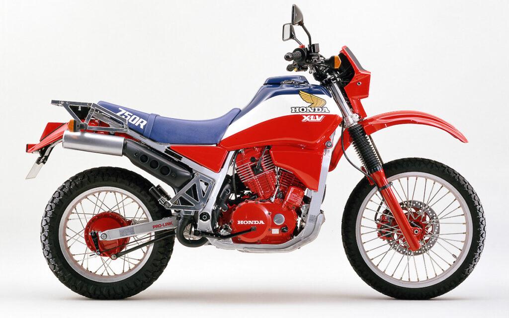 Nach nur zwei Jahren wurde die Honda XLV 750 hierzulande aus dem Programm genommen