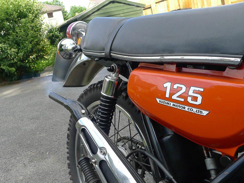 """Die Suzuki TS 125 """"Duster"""" feierte ihr Welt-Debüt 1971"""
