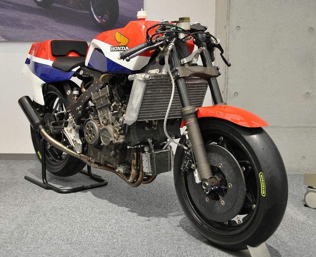 Honda NR 500