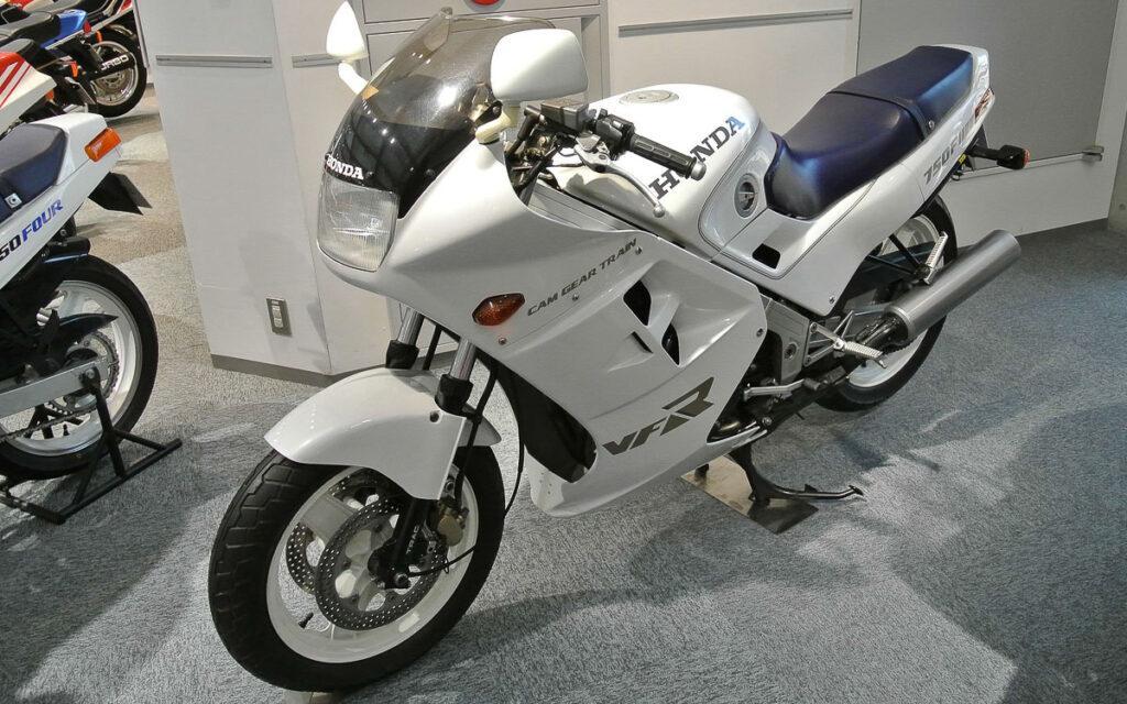 Honda VFR 750 F