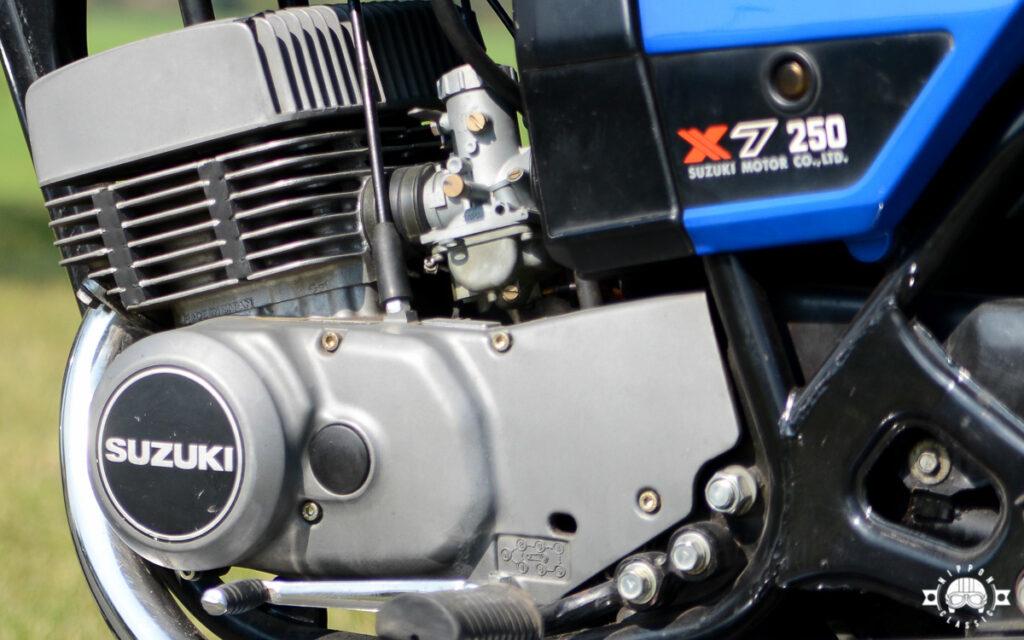 Die GT 250 X7 verfügte über eine Membransteuerung und kontaktloser CDI-Zündung