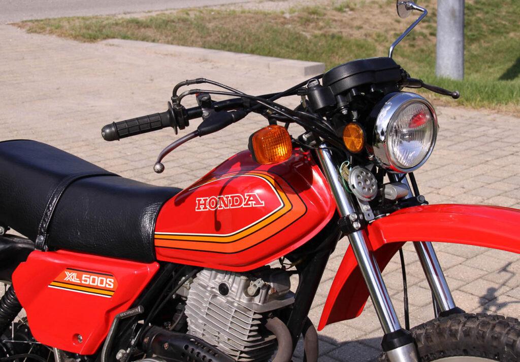 Offen leistete die Honda XL 500 34 PS