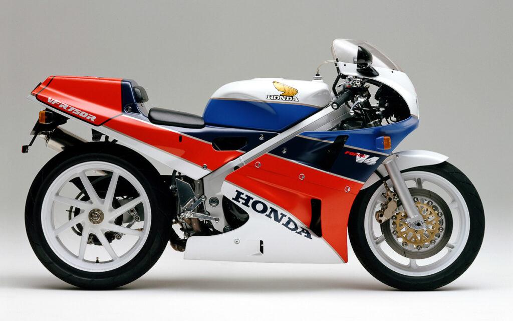Honda VFR 750R RC30