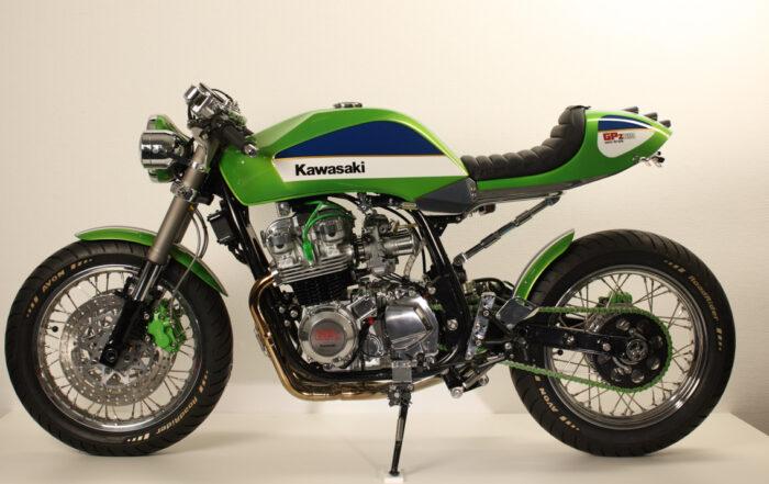 Kawasaki GPZ 810 Uni Trak