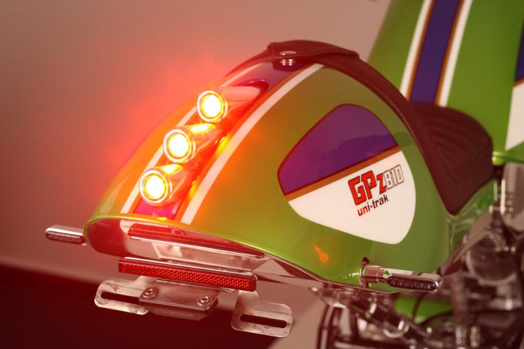 Das Heck der Kawasaki GPZ 750 Uni Trak ist ein echter Leckerbissen