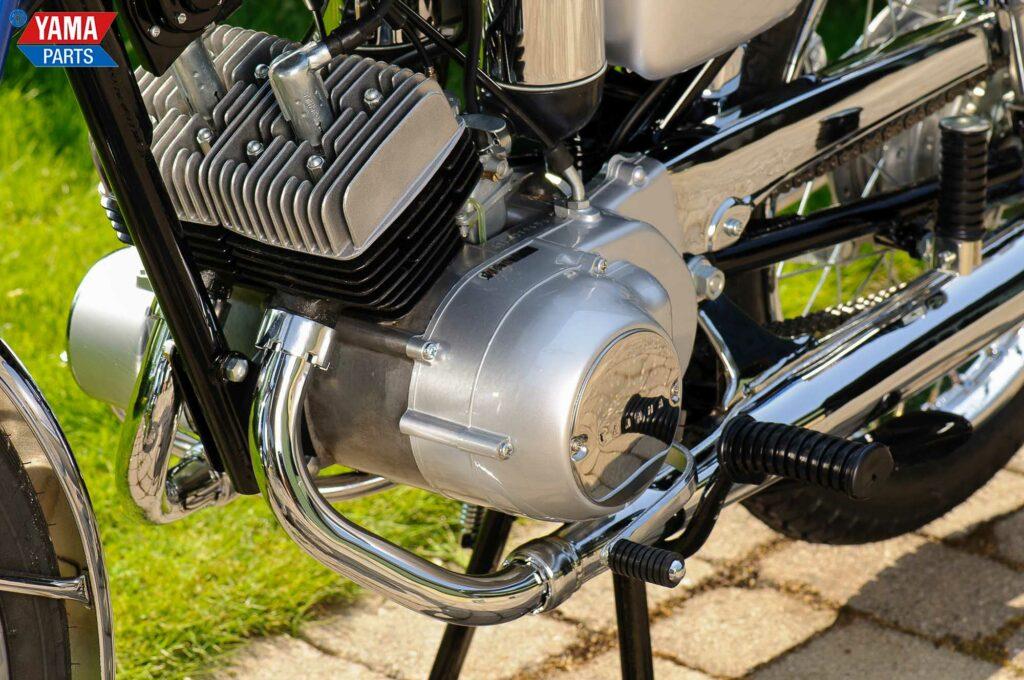 Der 15 PS starke Motor der Yamaha YAS1 war auch mittragendes Rahmenteil