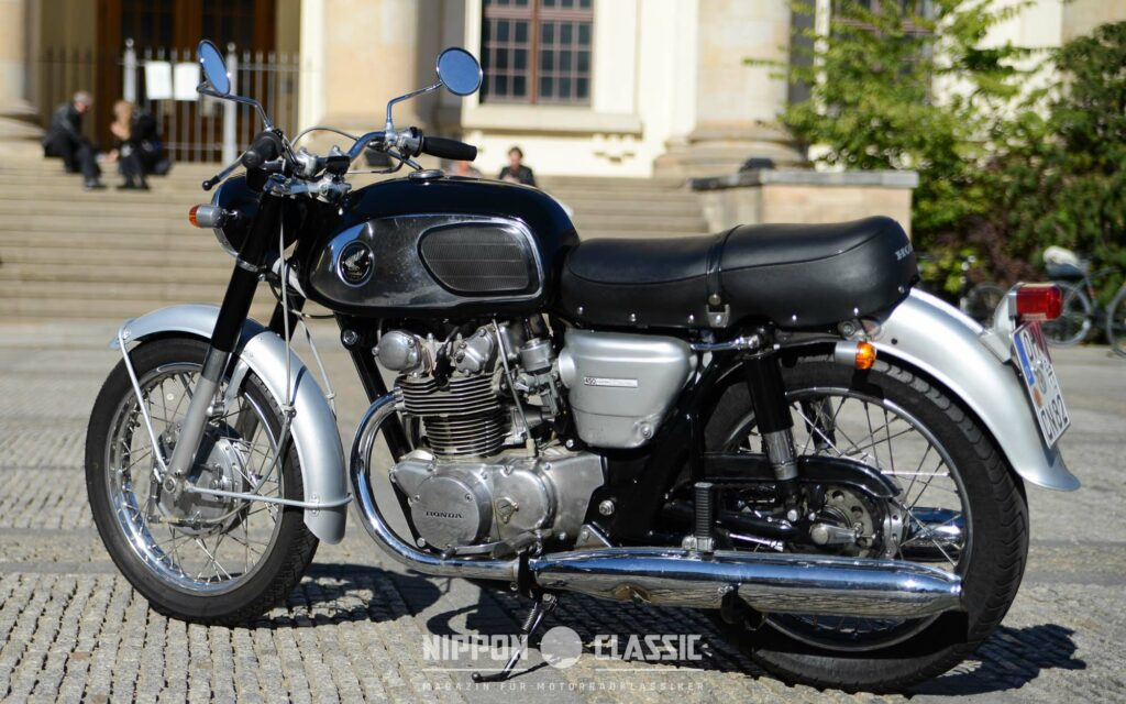 Honda CB 450 Black Bomber von 1965/66