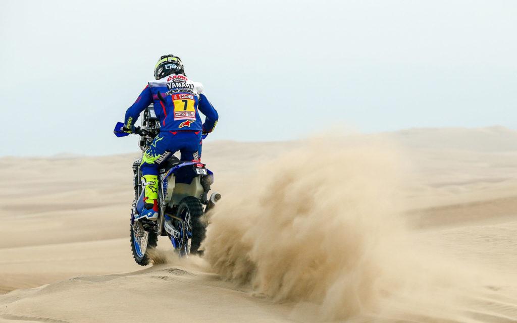 Franco Caimi bei seinem Ritt durch den Sand währen der Rallye Dakar 2018