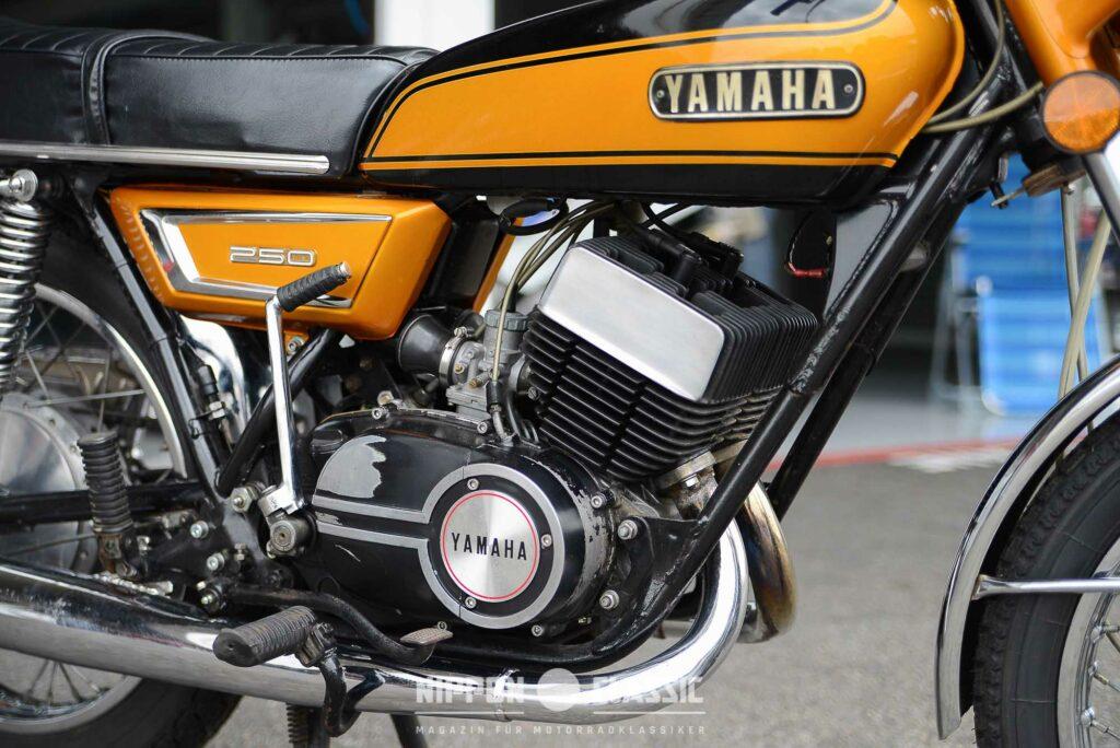 Der DS7 Motor hatte noch fünf Spülkanäle, der der RD 250 bereits sieben