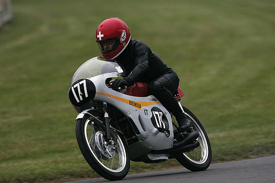 Luigi Taveri auf der Honda RC 149