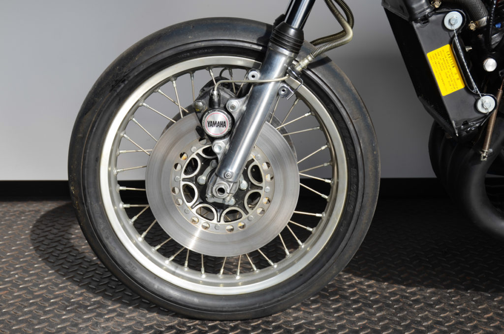 Yamaha TZ 700
