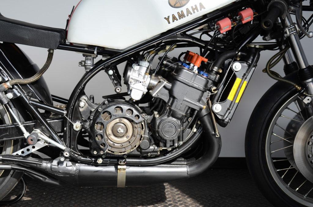"""Die Yamaha TZ 700 leistete """"nur"""" 90 PS"""