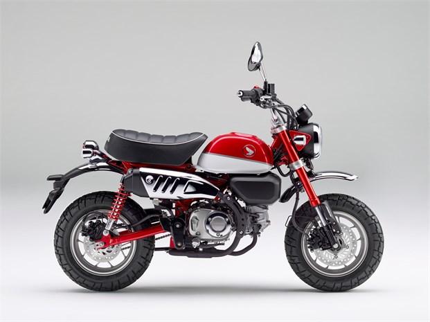 Neue Honda Monkey 125 in Pearl Nebula Red/Ross White
