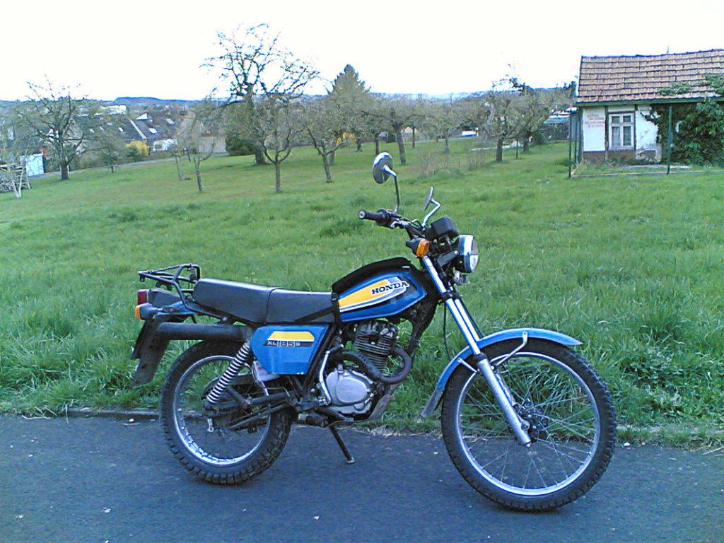 Honda XL 185S