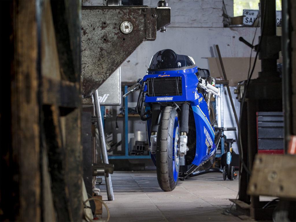Martialische Front der Workhorse Yamaha XSR700