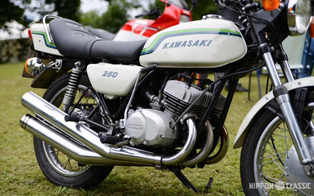 Die hintere Trommelbremse der Kawasaki KH 250 war seilzugbetätigt