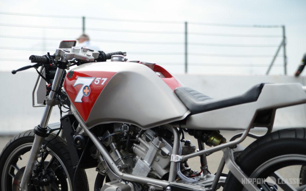Caferacer Umbau auf Basis der Yamaha XZ 550