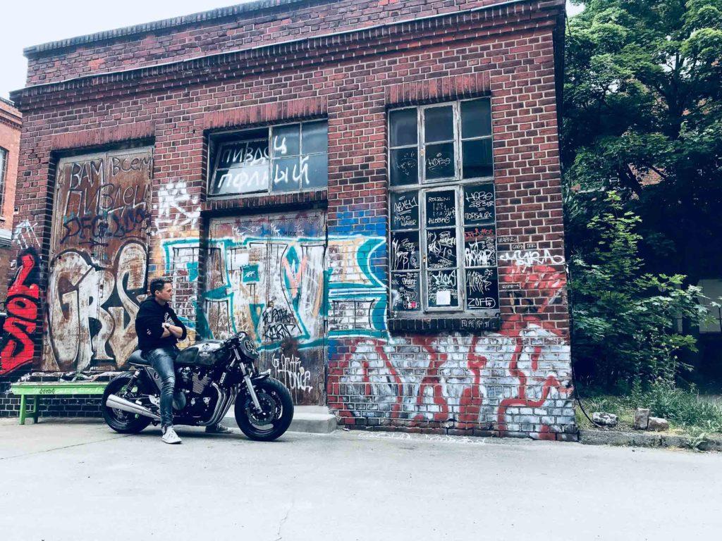 Ruckyfumi weiß, wie man mit einem Big-Bike Klassiker umgeht