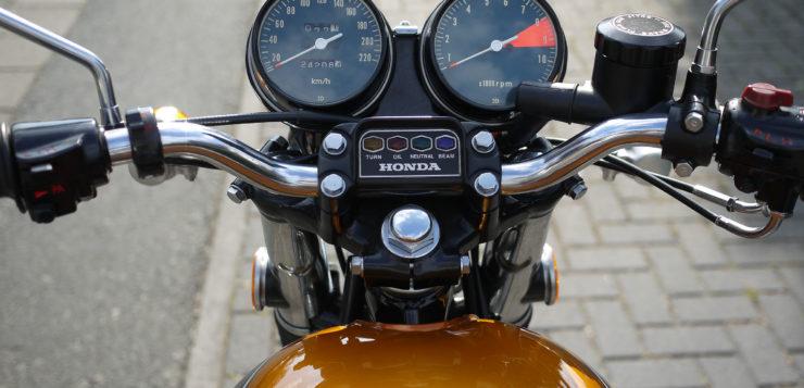 Das Cockpit-Design zog durch die CB Serie hindurch