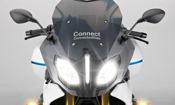 Blick in die Ziukunft vernetzter Motorräder: R 1200 RS ConnectedRide