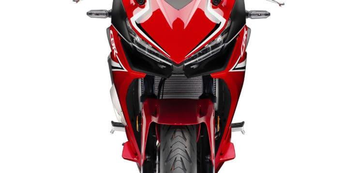Honda CBR500R orientiert sich optisch an der Fireblade
