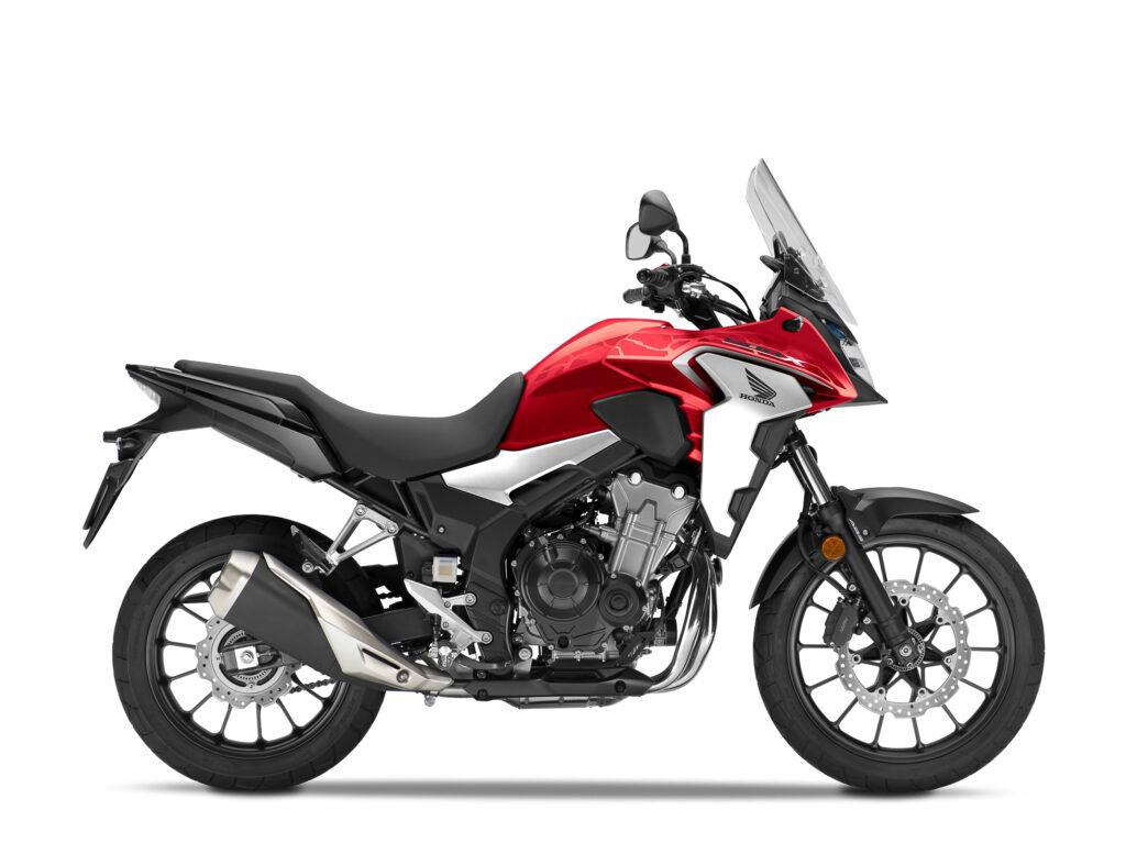 Die Honda CB500 X gibt es auch in Grand Prix Red