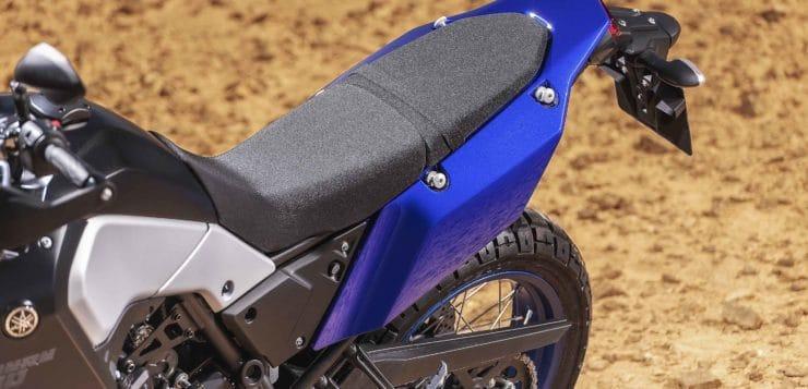 Neben einem kompakten Fahrwerk, setzt Yamaha bei der Ténéré 700 auf schmale Anbauteile