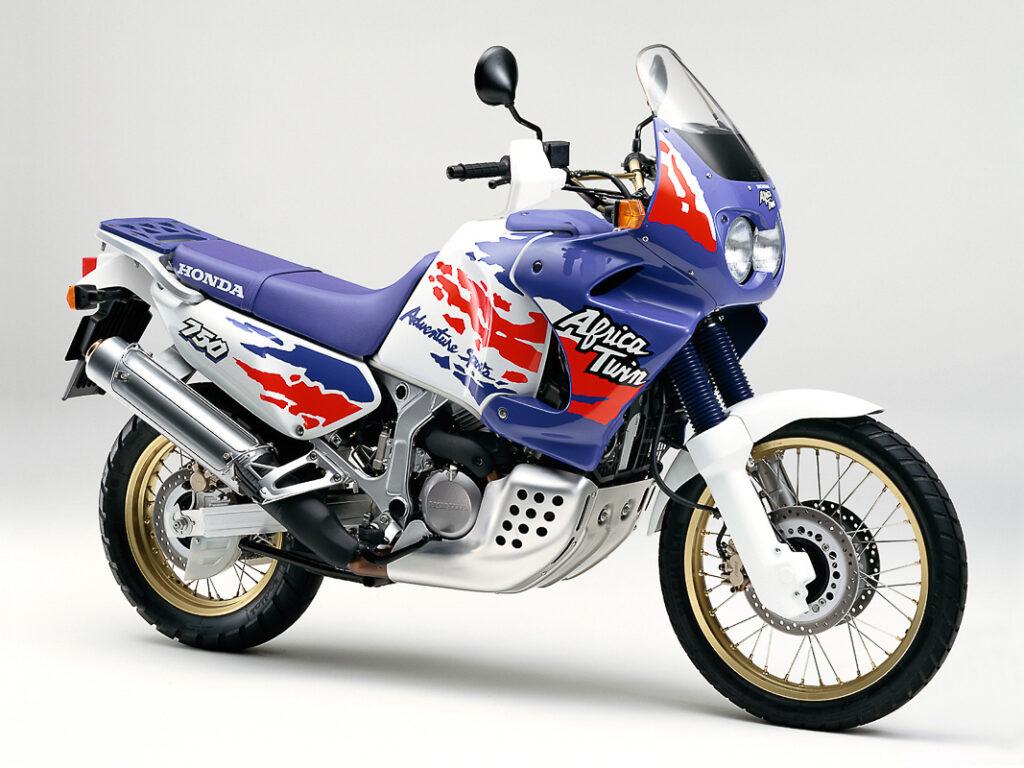 Zugelegt: Honda XRV 750 (RD07) im Modelljahr 1993