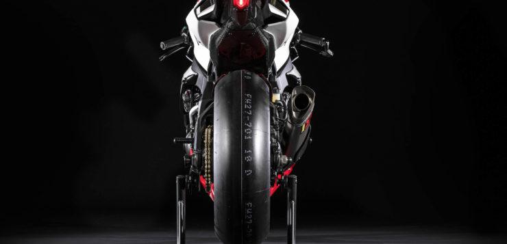 """Die Yamaha YZF-R1 GYTR """"20th Anniversary"""" ist nur für die rennstrecke vorgesehen"""
