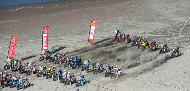Massenstart auf der 5. Etappe von Moquegua nach Arequipa