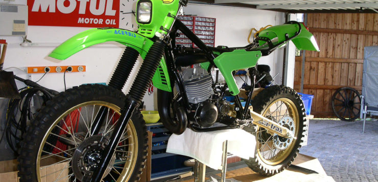 Hier kann man die fast fertige Kawasaki schon gut erkennen