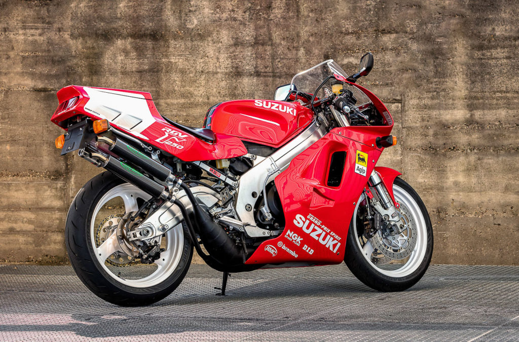 Suzuki Motorräder: Suzuki RGV 250