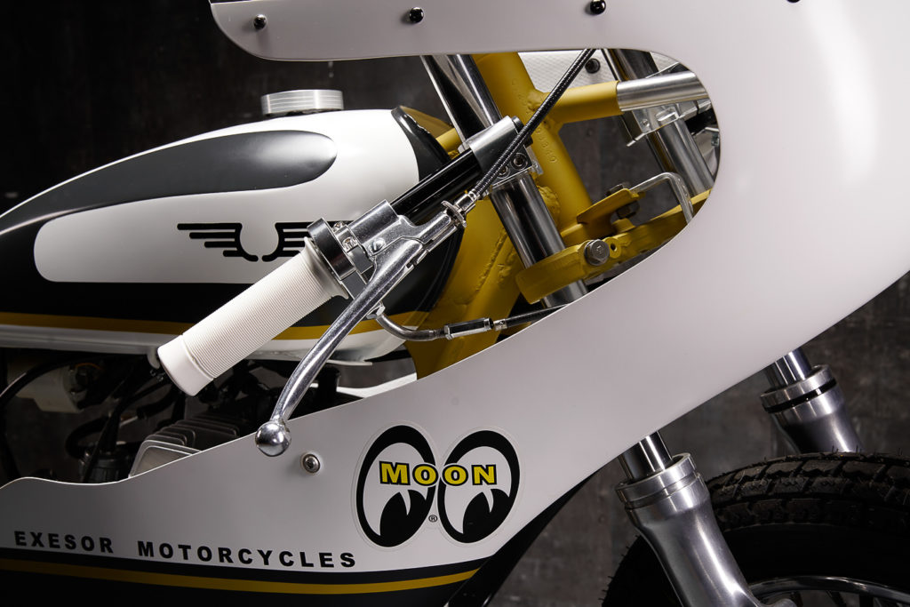 Die Yamaha-Verkleidung musste für die Suzuki GT 250 Santoku angepasst werden